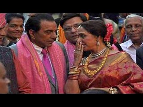 Dharmendra & Hema Malini's EXCLUSIVE INTERVIEW at Ahana Deol's WEDDING