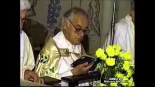 Repeat youtube video Relembrando... Mons.Almir de Rezende Aquino - Carmópolis de Minas