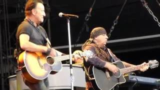 Bruce Springsteen - Waitin' On A Sunny Day - Live Olympiastadion Munich 2016-June-17