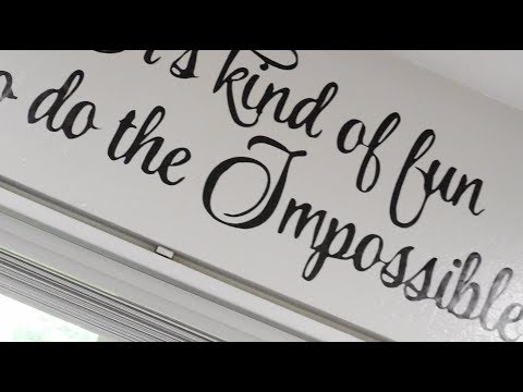 How to apply a cricut vinyl wall decal
