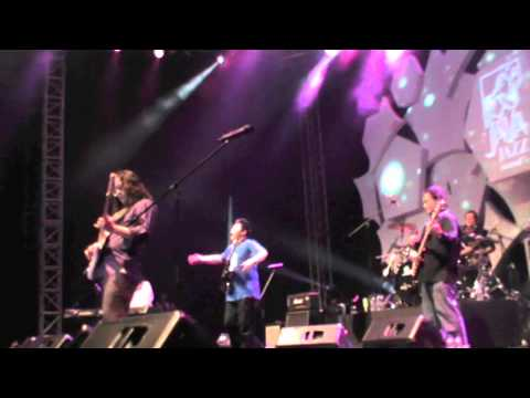 Meski Tlah Jauh by KLA Project feat Arie Kurniawan @ Java Jazz International Festival 2012
