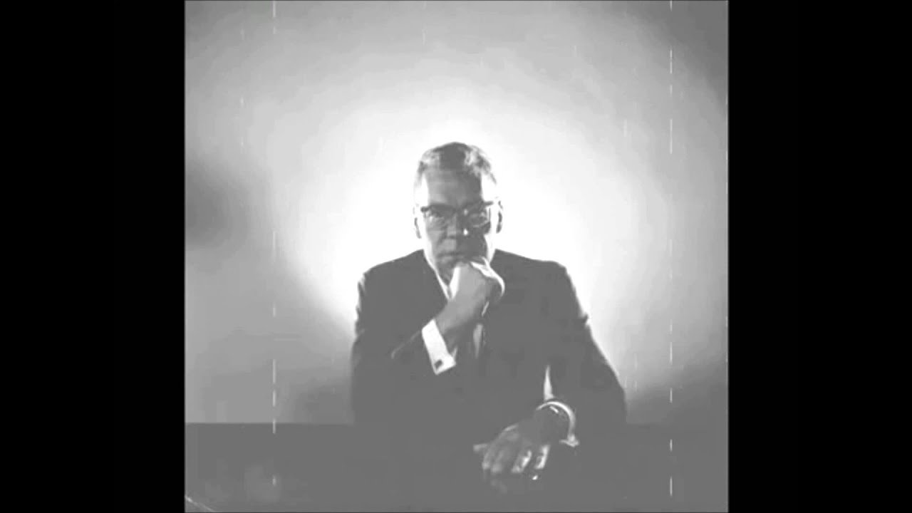 Change Your Life In 19 Minutes With Earl Nightingale Youtube
