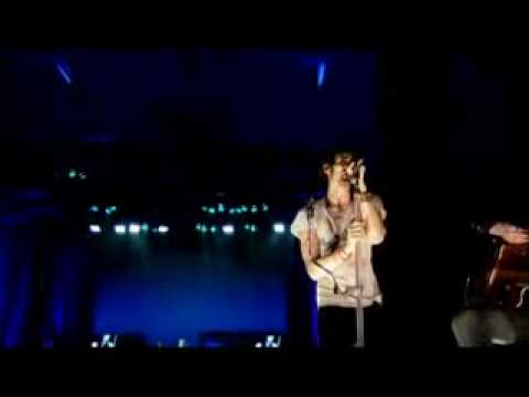 The All-American Rejects - Straightjacket Feeling (live)Tournado DVD
