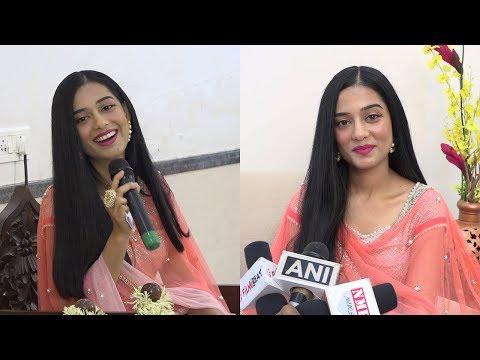 Amrita Rao Attend The Momentous Occassion Of Smt.Hansaji 71st Birthday