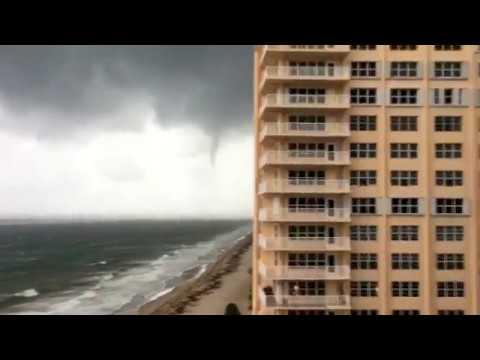 Waterspout/ Tornado Making landfall In Lauderdale by the Sea (Hurricane Irma)