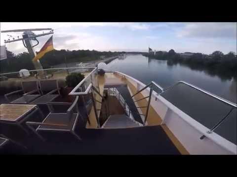 Avalon Waterways: Illumination