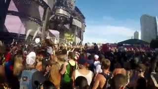 GOPR0775 DJ Snake Ultra 2015 playing Boaz Van De Beatz ID