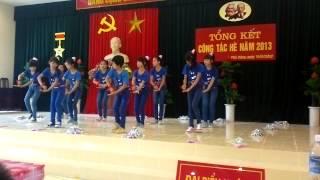 Video | múa dân vũ rửa tay của thjếu njên nhj đồng chj đoàn 3 xóm Quýt | mua dan vu rua tay cua thjeu njen nhj dong chj doan 3 xom Quyt