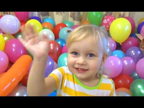 Цветные шарики лопать и играть шариками A lot of balloons to pop the balloons
