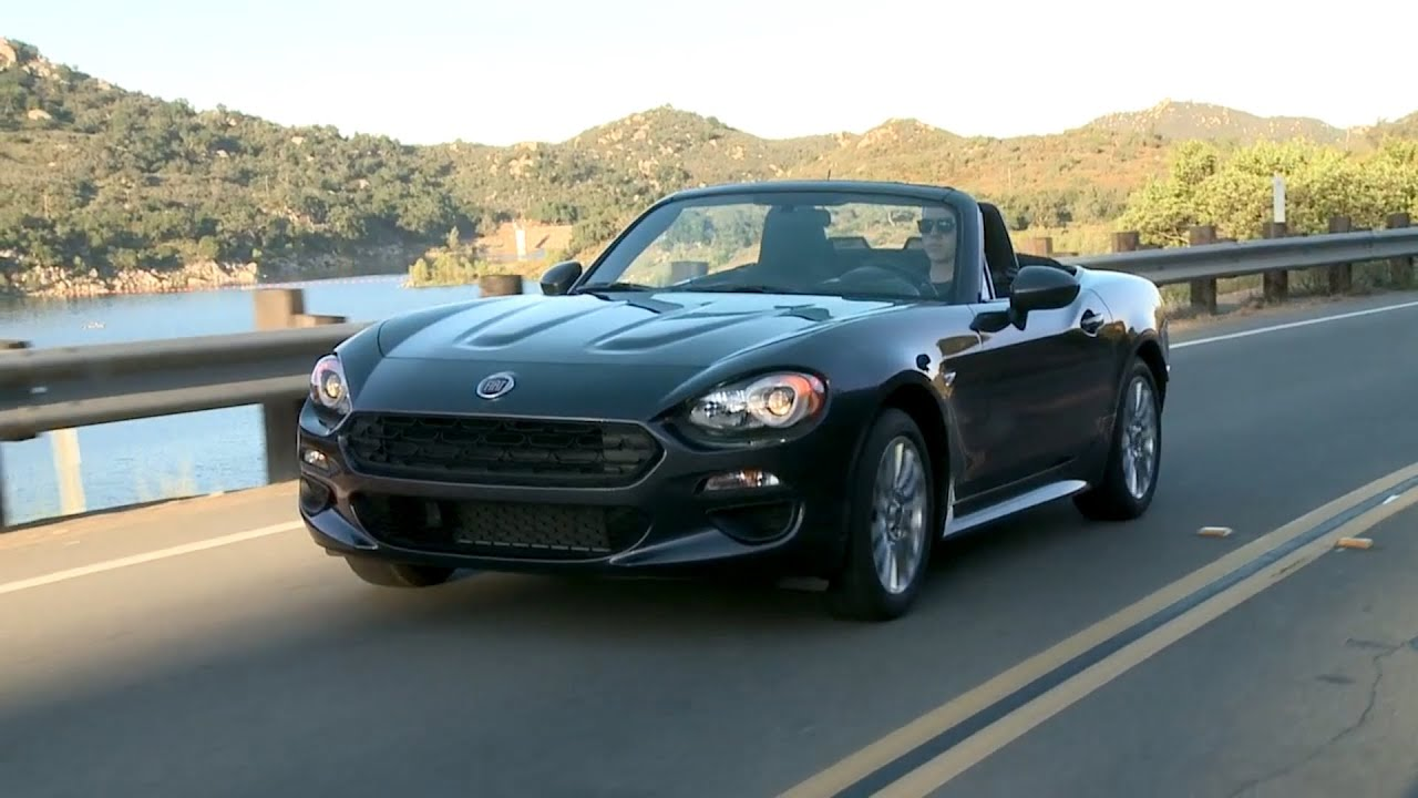 2017 fiat 124 spider classica youtube. Black Bedroom Furniture Sets. Home Design Ideas