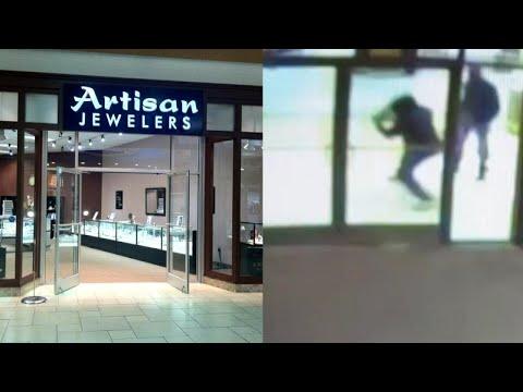 Crooks Smash Glass in Brazen Jewelry Store Heist