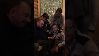 Испанцы слушают «В Питере пить»