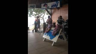 ニューカレドニア アメデ島 タヒチアンダンス