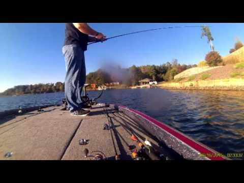 Fishing Lake Hickory North Carolina with Darin Bumgarner PT1