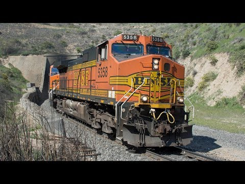 (4K) Railfanning Tehachapi Pass Part 1-BNSF, Union Pacific, and Amtrak