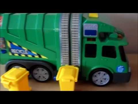 PLAYING WITH MY TOY RECYCLING GARBAGE TRUCK MADE BY GERMAN COMPANY DICKIE