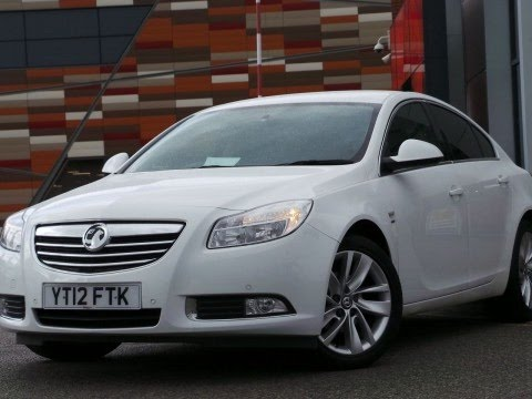 2012 12 plate vauxhall insignia 2 0 cdti 160ps sri nav 5dr in white youtube. Black Bedroom Furniture Sets. Home Design Ideas