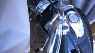 Suzuki Boulevard M50, 2011 - Bike Barn Motorcycle cover.avi