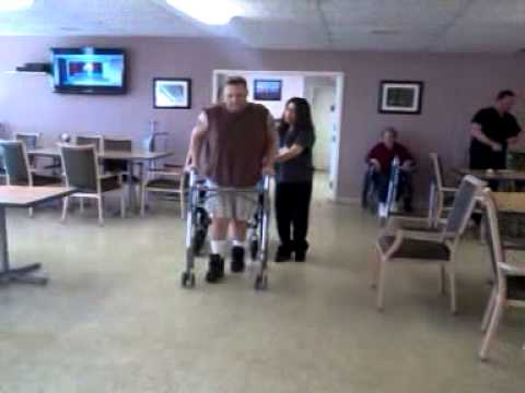 U.S. MARINE WALKS FOR THE FIRST TIME IN 7 MONTHS