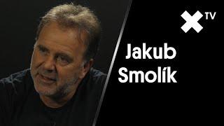 """""""V některých rádiích mne vyřadili. Je to až směšné. Jako za totáče."""" – říká zpěvák Jakub Smolík"""