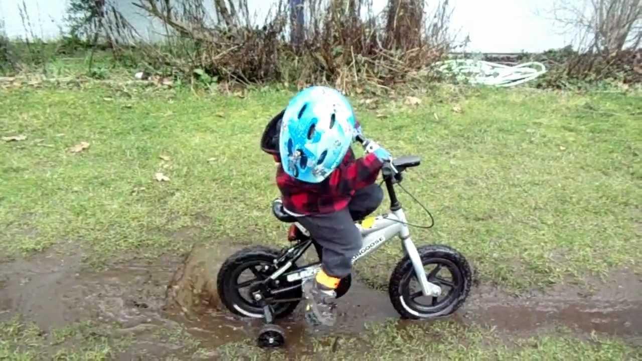 mud stuck bike boy deep hole