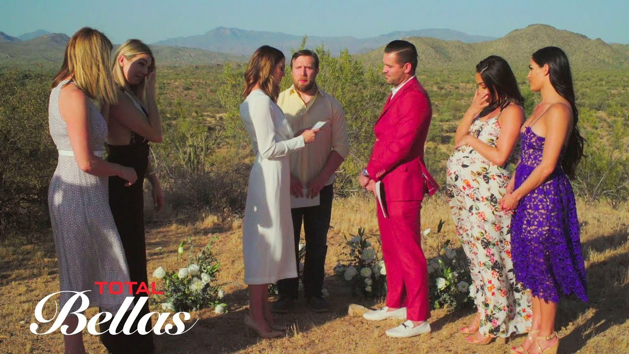 JJ and Lauren's vow renewal ceremony gets Nikki thinking about marriage: Total Bellas, Oct. 18, 2017