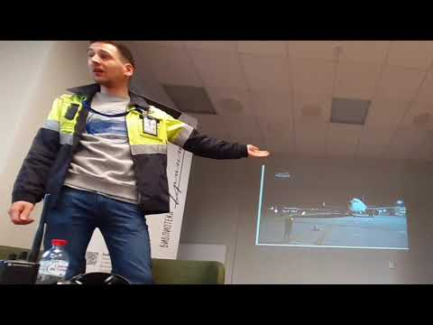 "Лекция командира Airbus A320 и специалиста по наземному обслуживанию ВС аэропорта ""Пулково""."