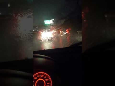 Chovendo muito em São João de Meriti(1)