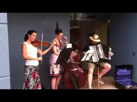 Aqui Tango - Street performance in Squirrel Hill