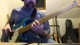 Powerslave, Bass Cover