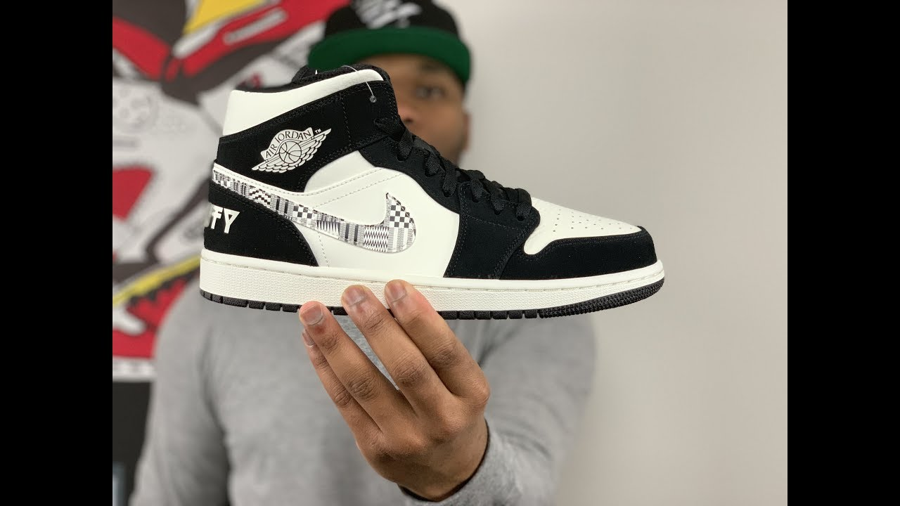 UNBOXING The AIR JORDAN 1 EQUALITY