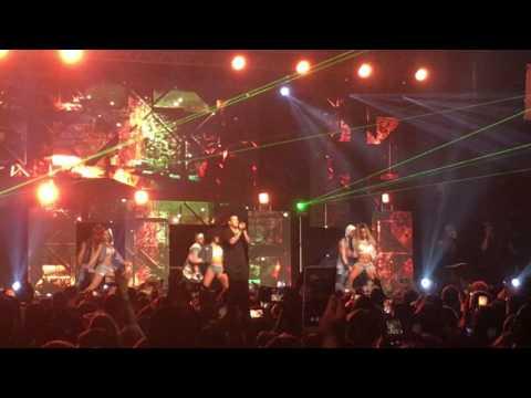 Despacito - Daddy Yankee live in The Box Amsterdam