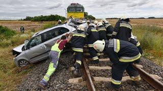 Két halott Bük közelében  - vonat elé hajtott az osztrák rendszámú Skoda