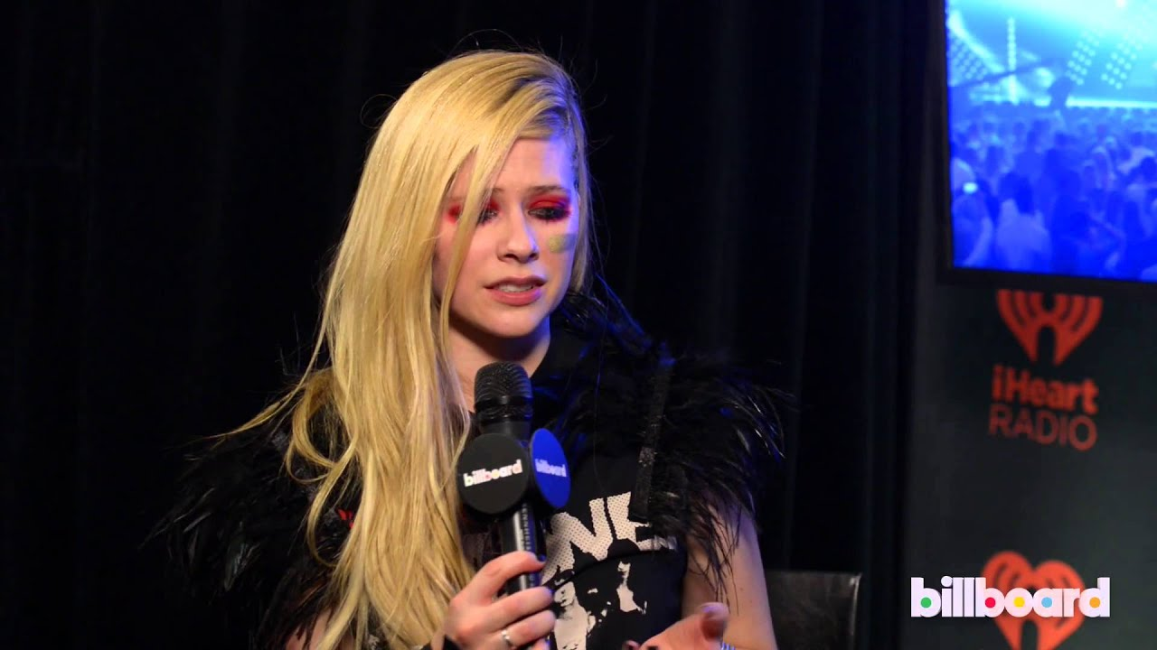Avril lavigne 2013 iheartradio qa new album marilyn manson avril lavigne 2013 iheartradio qa new album marilyn manson collab youtube voltagebd Image collections