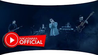 Video Kerispatih - Lihat Hatiku (Official Music Video NAGASWARA) #music download MP3, 3GP, MP4, WEBM, AVI, FLV Desember 2017