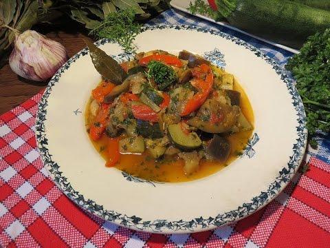 recette-facile-:-ratatouille-provençale-à-l'ancienne-de-la-mère-mitraille---canal-gourmandises