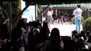 Vlog1:Huỳnh Quý trong phim'Gia đình là số 1' hát phía sau một cô gái