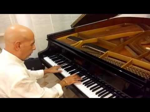 Roberto Santucci Piano The End -