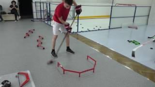 Тренировка хоккеистов в зале