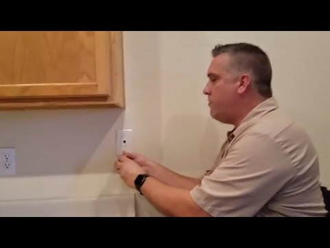 How To Check A Telephone Jack   A CenturyLink Technician Walk-through