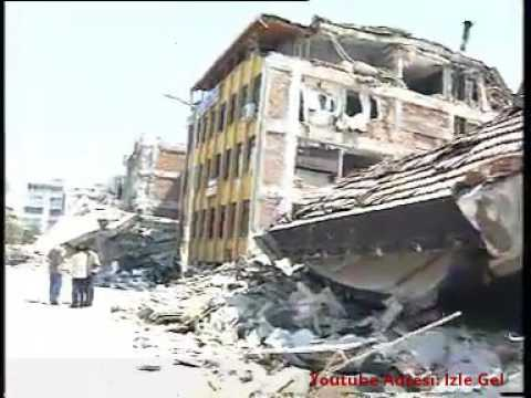 August 17, 1999 Marmara Earthquake Moment and Helicopter Camera