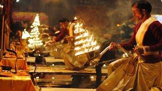 VARANASI [BANARAS] - KASHI - The City Of Temple - GANGA AARTI - History - Documentary