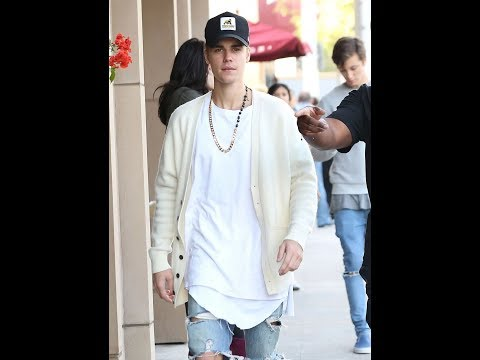 Justin Bieber and Patrick Schwarzenegger in Beverly Hills ( 24. 01. 2018)