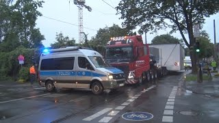 Schwertransporter festgefahren in Bonn-Kessenich am 12.08.16
