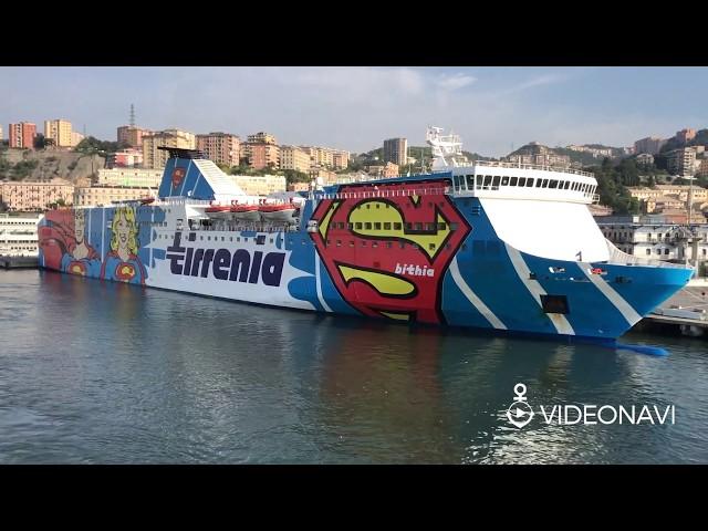 Bithia e i suoi supereroi, arrivo a Genova (Tirrenia)