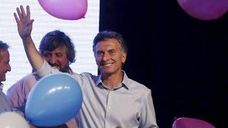 Mauricio Macri y Daniel Scioli palmo a palmo en las elecciones presidenciales de Argentina