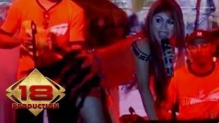 Video Dangdut - Laguku (Live Konser Tangerang 18 Agustus 2007) download MP3, 3GP, MP4, WEBM, AVI, FLV Agustus 2017