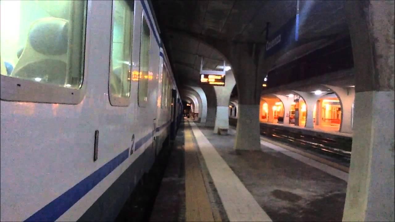 Partenza treno regionale da Cosenza per Napoli Centrale ...