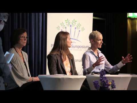 Melinda Gates, Gunhild Stordalen, and Annika Söder, with Professor Hans Rosling