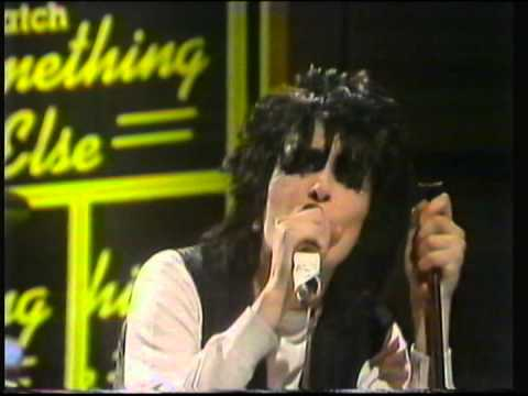 Siouxsie And The Banshees  Love In A Void   LIVE  1979  Something Else TV